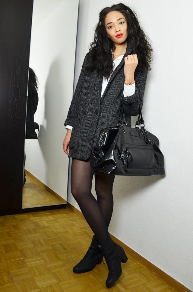 mercredie-blog-mode-geneve-suisse-blogueuse-bloggeuse-fashionblogger-manteau-mango-boyfriend-kate-moss-chemise-courte-zara-tissa-ge-bresilien-rare-virgin-short-levis-denim-cropped-501-acne-boots-pistol-sac-legende-longchamp-xl