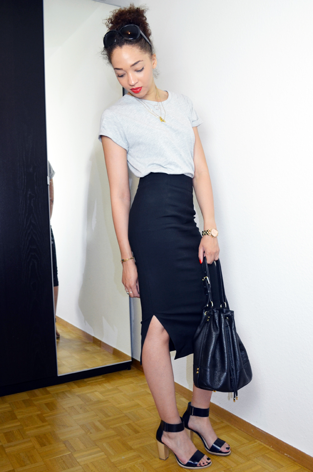 mercredie-blog-mode-geneve-pencil-skirt-look-jupe-crayon-zara-boyfriend-tshirt-cos-sandales-bun-afro-hair-sac-apc-seau2