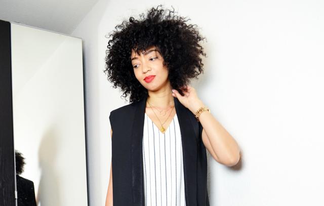 mercredie-blog-mode-bloggeuse-blogueuse-geneve-afro-hair-cheveux-frises-veste-virtuose-bel-air