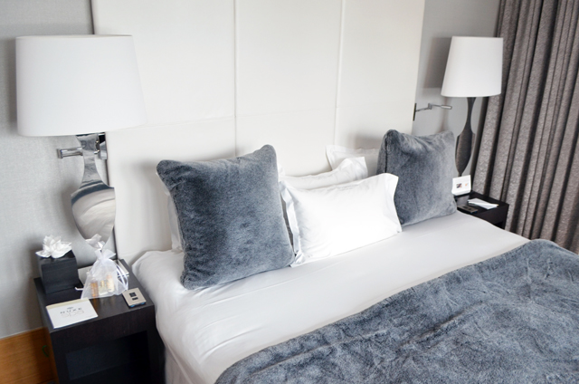 mercredie-blog-mode-voyage-ski-sports-hiver-avis-hotel-cinq-5-etoiles-le-strato-courchevel-meilleur-hotel-luxe-suite-chambre