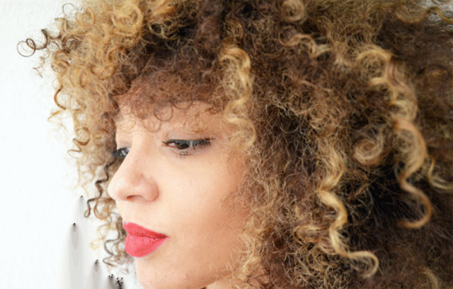 mercredie-blog-cheveux-afro-boucles-hair-natural-naturels-highlights-blond-blonde-bleached-curls-curly-3c8