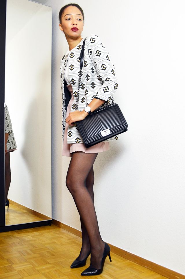 mercredie-blog-mode-geneve-la-redoute-look-vero-moda-escarpins-eden-coralie-marabelle-chanel-chevron-black2