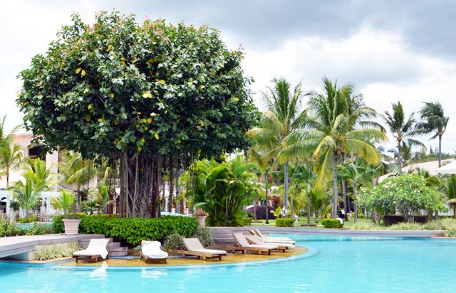 mercredie-blog-mode-voyage-ile-maurice-sun-resort-avis-conseils-tripadvisor-sugar-beach-hotel-guide-touristique-suite-manoir-piscine2