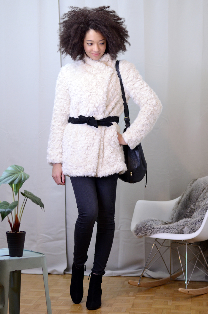 mercredie-blog-mode-soldes-promod-manteau-fausse-fourrure-sac-seau-apc-cheveux-naturels-afro-lacewig-big-beautiful-hair-outre-bottines-talons-pull-and-bear4