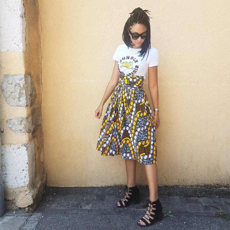 mercredie-blog-mode-geneve-suisse-wax-midi-skirt-dress-african-style-myfashionwax-jipo-kiyassi-ybouha-kenzo-h&m-t-shirt-tigre-white-blanc