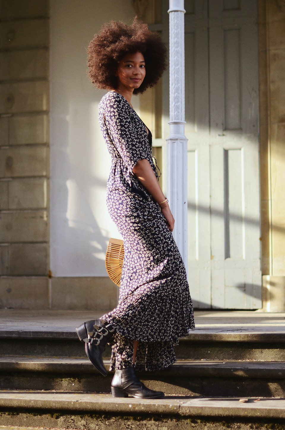 mercredie-blog-mode-geneve-blogueuse-bloggeuse-suisse-swiss-switzerland-robe-ganni-dress-cult-gaia-bag-small-toga-pulla-boots-buckled-afro-hair-nappy-curly-curls-big-fro-cheveux-frises2-1