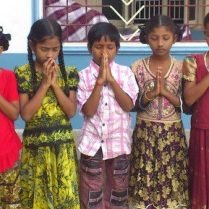 cropped-Children-in-Prayer.-1.jpg