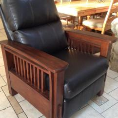 Living Room Outlet Wide Chairs Ashley Furniture Gift Chair Mercy House
