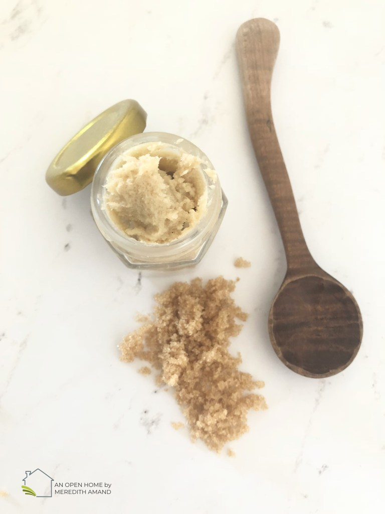 DIY Brown Sugar Shea Butter Lip Scrub - 3 ingredient scrub to help your dry lips all winter long | MeredithAmand.com