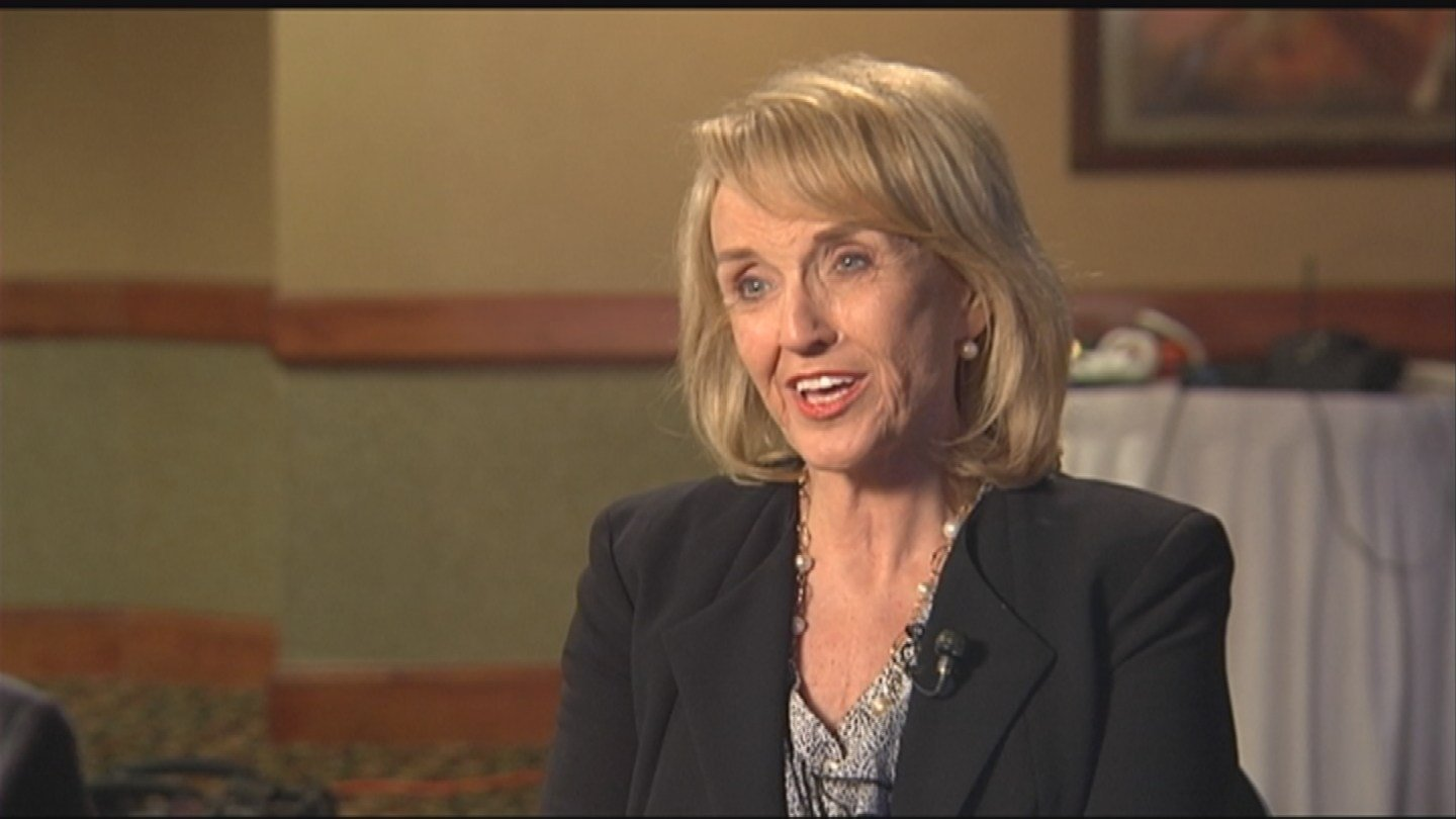 Former AZ governor Brewer calls Hillary Clinton a lying killer  Arizonas Family