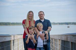 family photos Suffolk, sleepy hole lake, family photography Suffolk, Suffolk family photographer