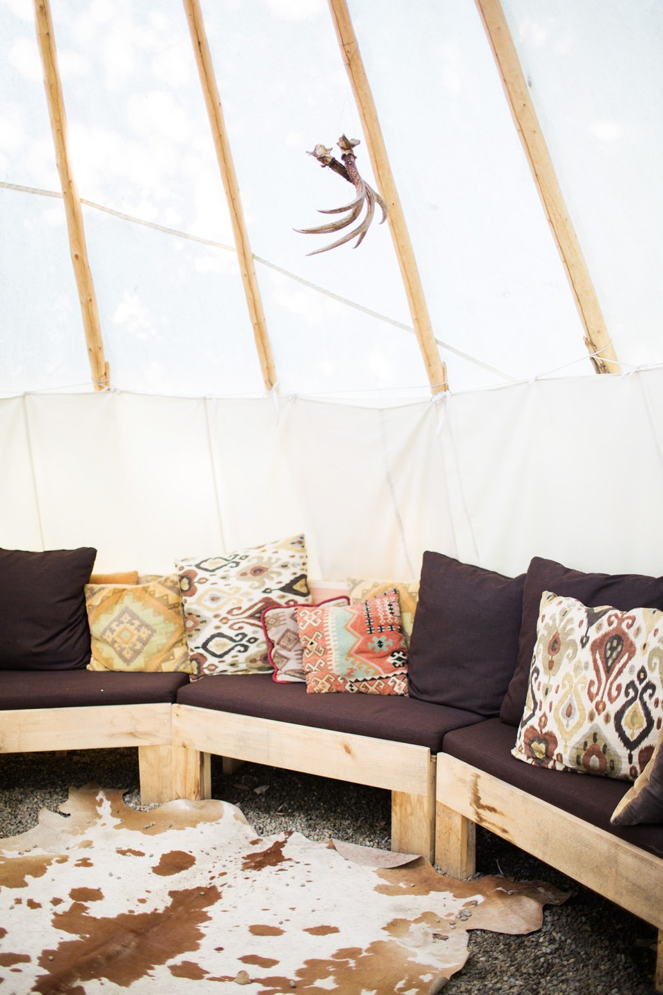 Manoir Hovey TeePee by Meredith Perdue