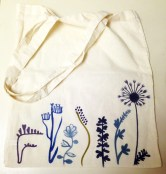 Canvas floral tote.