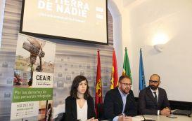 """""""En Tierra de Nadie"""" hasta el 27 de enero en el Ayuntamiento de Mérida"""