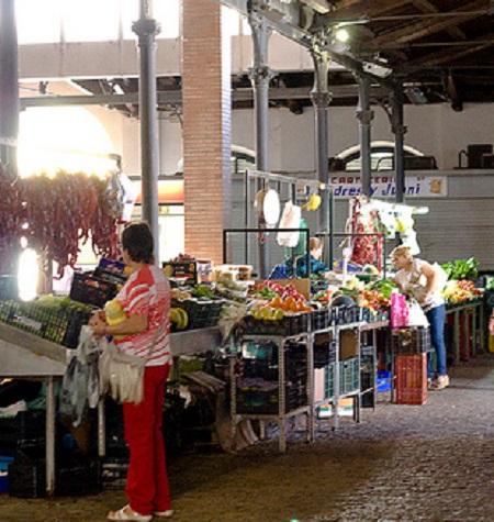 IU-Mérida advierte de irregularidades en la licitación del Mercado de Calatrava