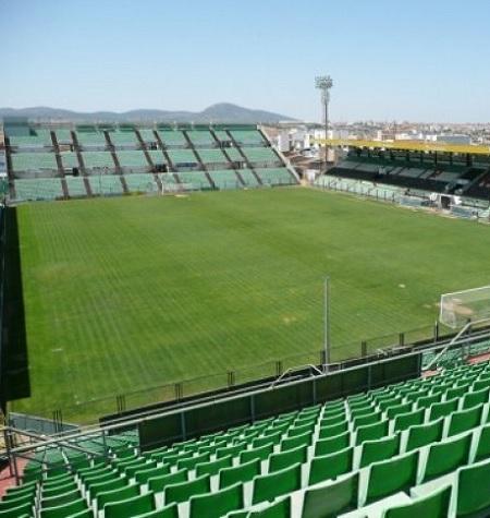 El Mérida AD solicita que el mantenimiento y la limpieza del estadio reviertan al Ayuntamiento