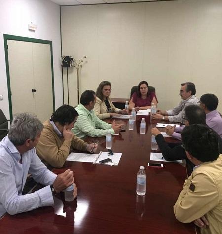 El sector agrario extremeño se adhiere al Pacto Social y Político por el Ferrocarril en Extremadura