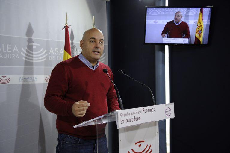 """""""El paro baja en Extremadura debido a que los extremeños tienen que abandonar la región"""""""