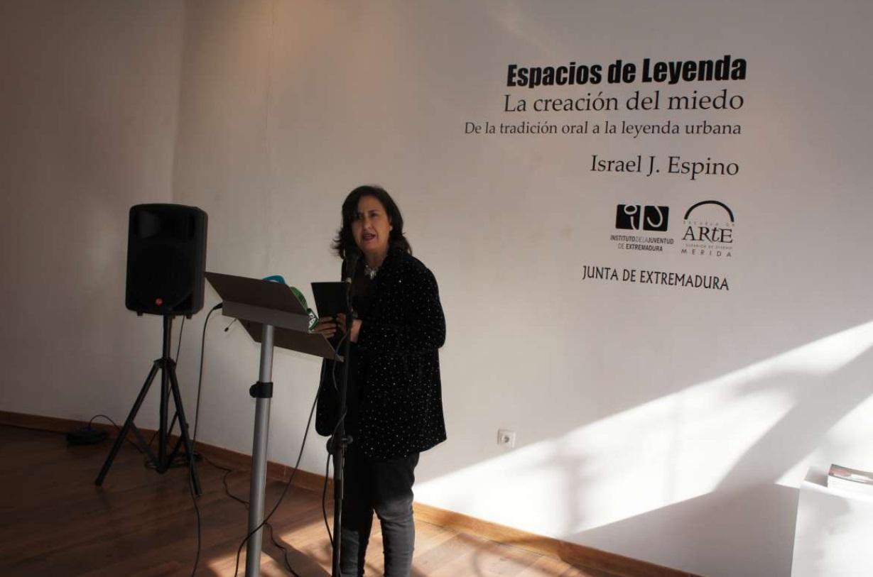 Espacios de leyenda,de Israel J. Espino, se presenta en laEscuela de Arte de Mérida