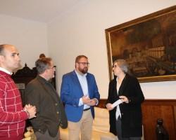 La Junta entrega al Ayuntamiento de Mérida el cuadro restaurado de El festín del Rey Baltasar