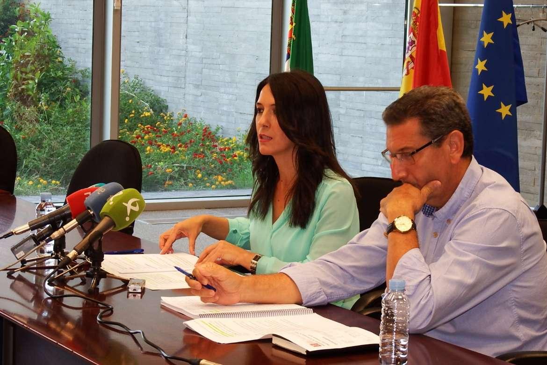 Esther Gutiérrez destaca la bajada del desempleo en 9.600 personas, en el segundo trimestre, en Extremadura