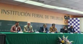 La Junta indica que el campo del siglo XXI debe ir de la mano de la I+D+i y la ecología para dar respuesta a las necesidades de la población