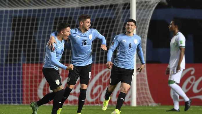 Uruguay Bolivia, URUGUAY GOLEÓ A BOLIVIA Y SUBE EN LA TABLA