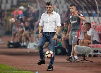 Crvena zvezda u derbiju, šta će izabrati Milojević?