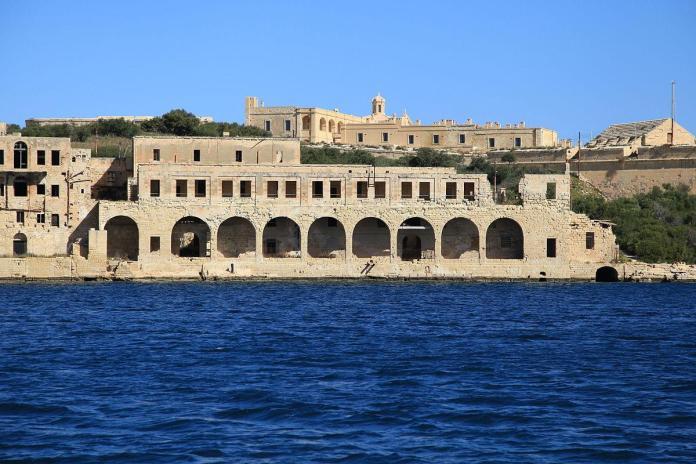 Gde putuju Nišlije: Srce Sredozemlja, pomoć u Drugom svetskom ratu i fudbal usred ničega