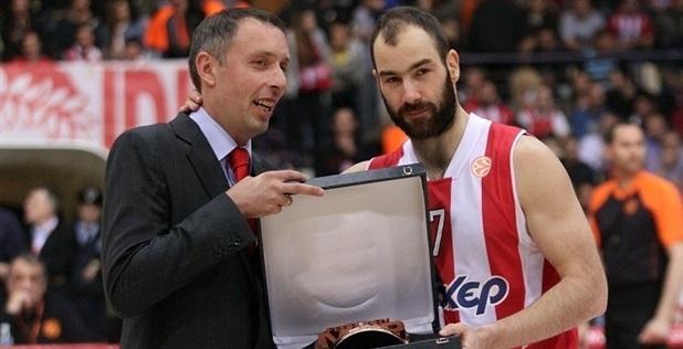 Milan Tomić Olympiacos