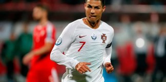 kristijano ronaldo-portugal-beograd-aerodrom-decak-autogram-evropsko prvenstvo-rekord