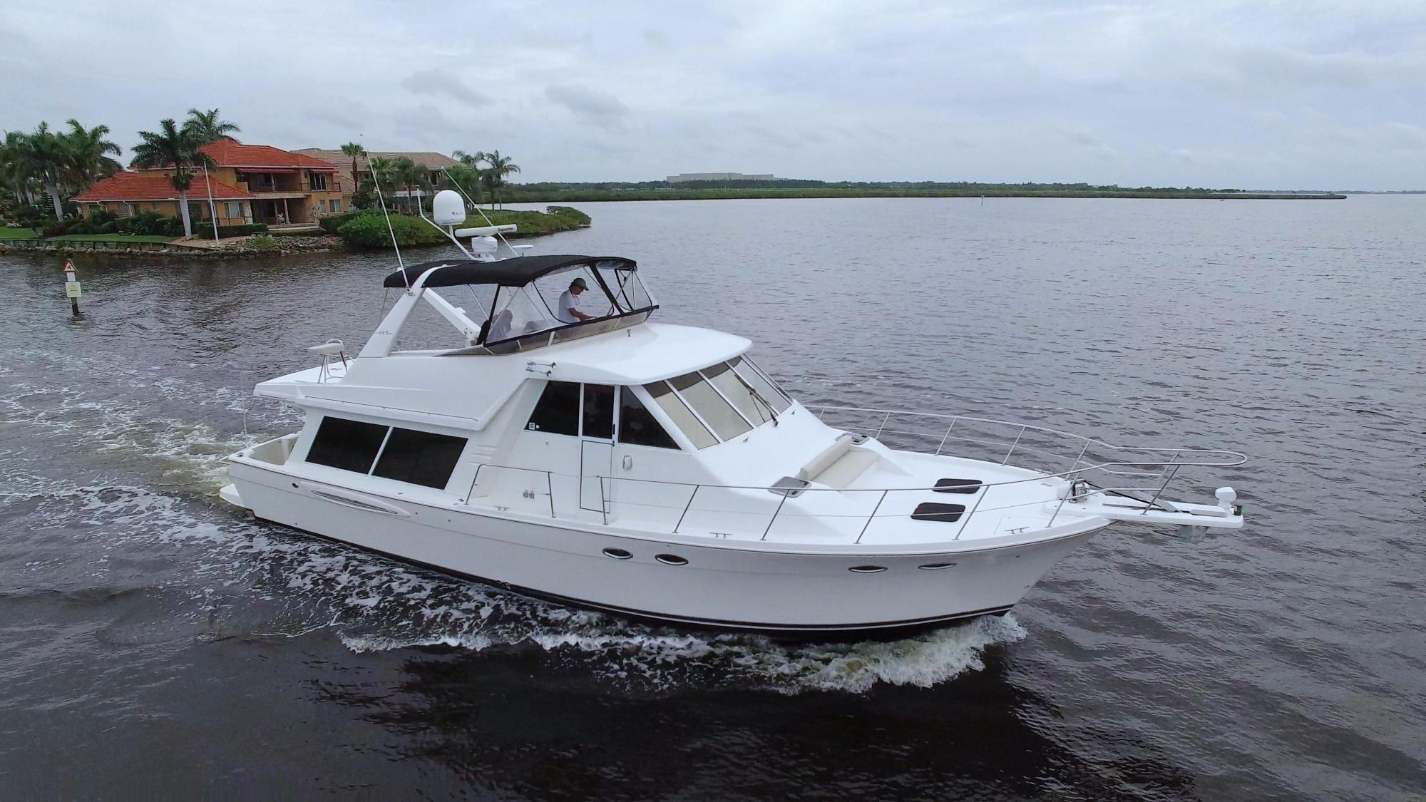 hight resolution of 2007 meridian 490 with the electronic smokeless quiet 380 hp engines