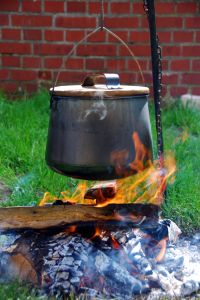 1012768_kettle_over_the_fire_1