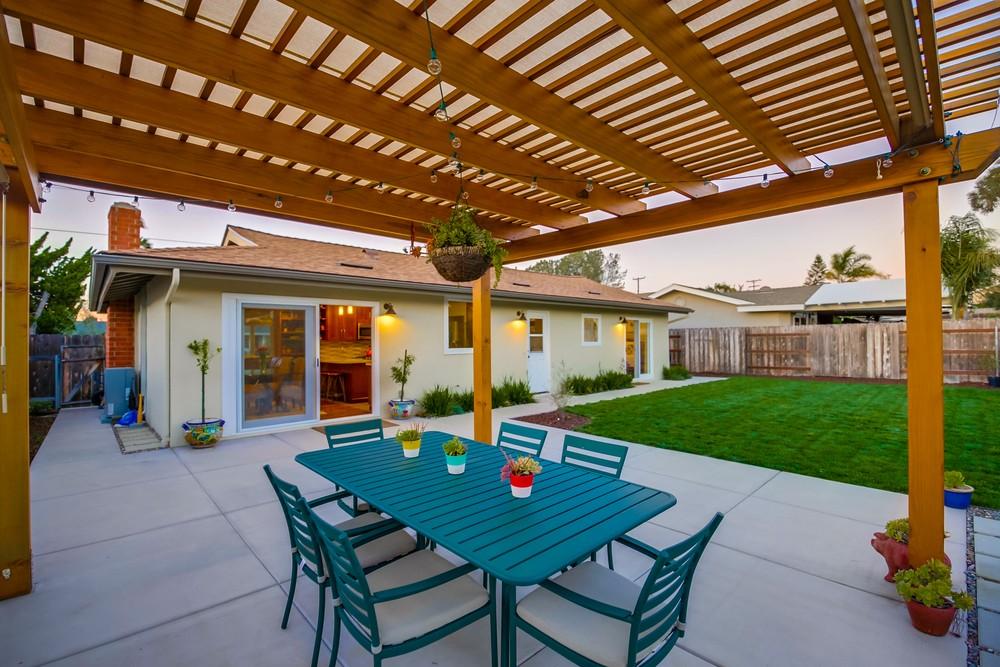 5542 Lodi St – Meridox Real Estate