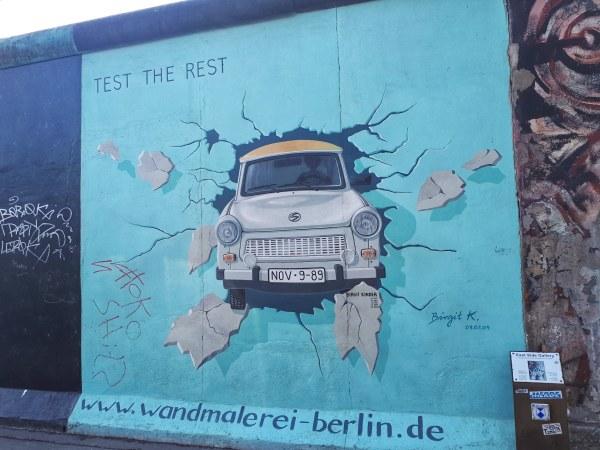 trabant - muro di Berlino