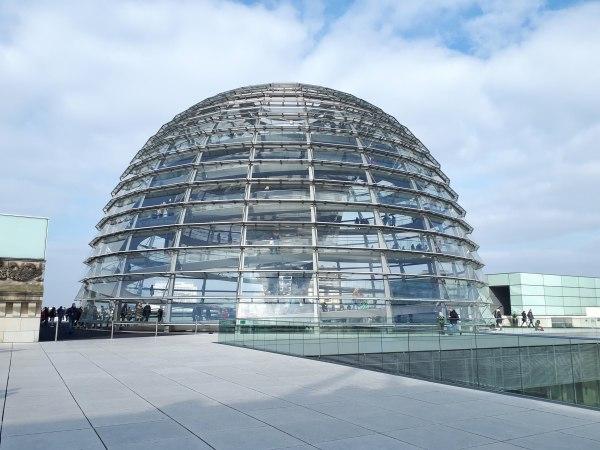CUPOLA Palazzo del Reichstag - Berlino.jpeg