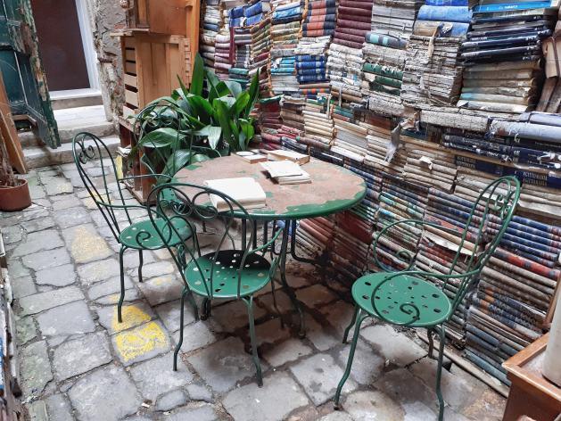 Libreria Acqua Alta - Venezia - 5
