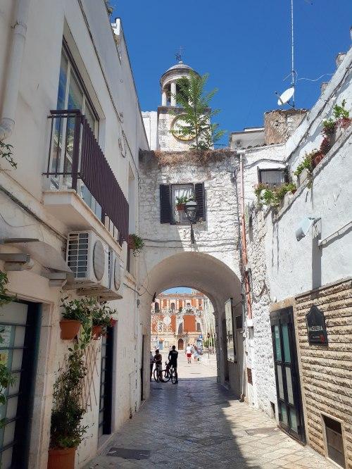 Porta dell'orologio - Casamassima - il paese azzurro - 2.jpeg