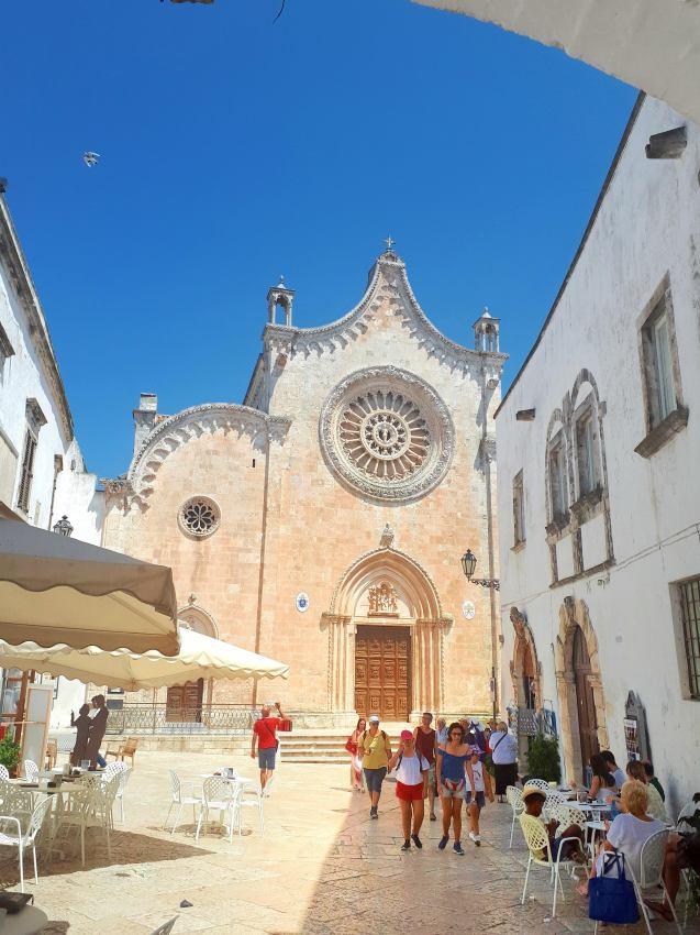 Cattedrale Ostuni.jpeg