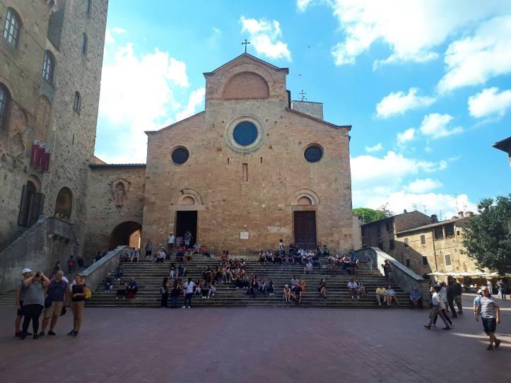San Gimignano piazza del Duomo - 3