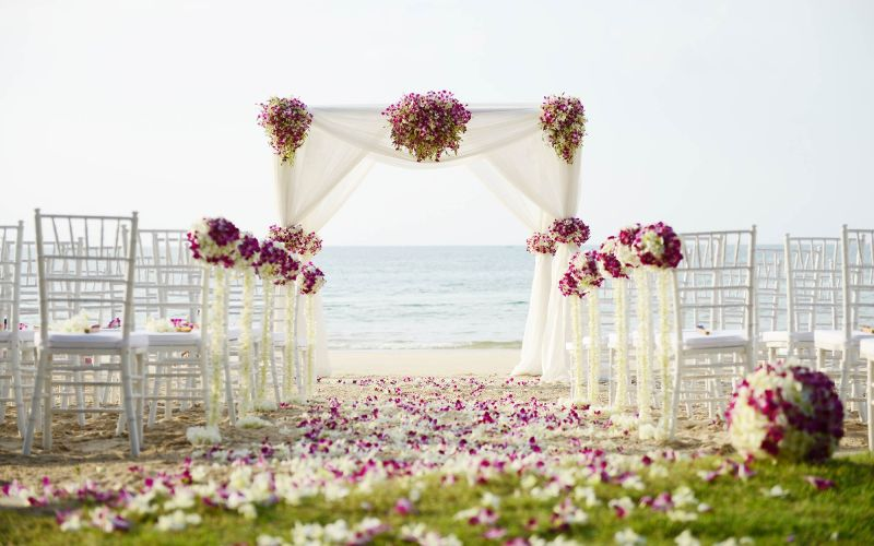5 Tips To Make Your Outdoor Wedding Interesting