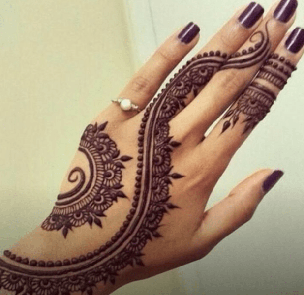 103 Henna Arch With leaves