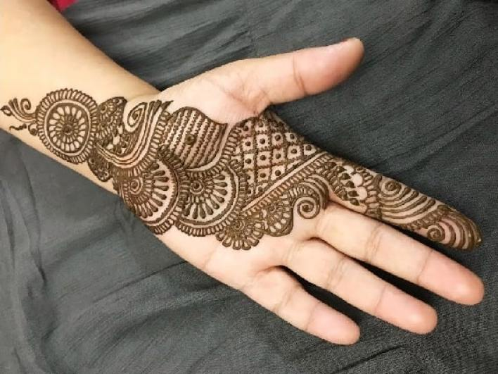 53- Full-element-simple-Arabic-mehndi-design
