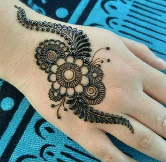 98 Tattoo-style-Mehndi-design