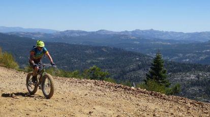 Matt rocking the fatbike, Signal Peak