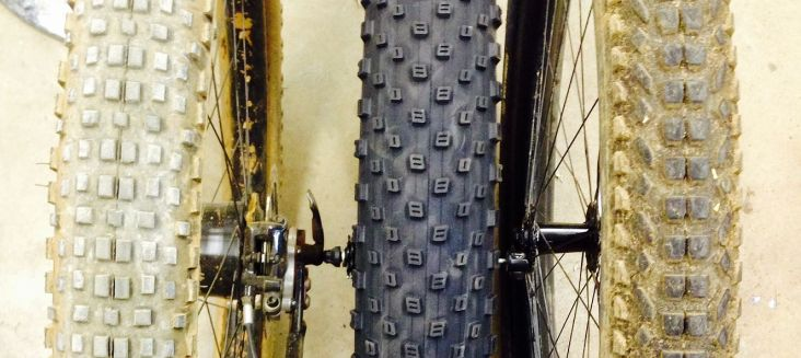 Sorry i didn't clean the tires. Knard on a 45mm Dually on the left, Trax Fatty ona 41mm rim on the right.