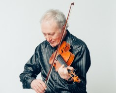 Fiddle Lessons with Iain Fraser