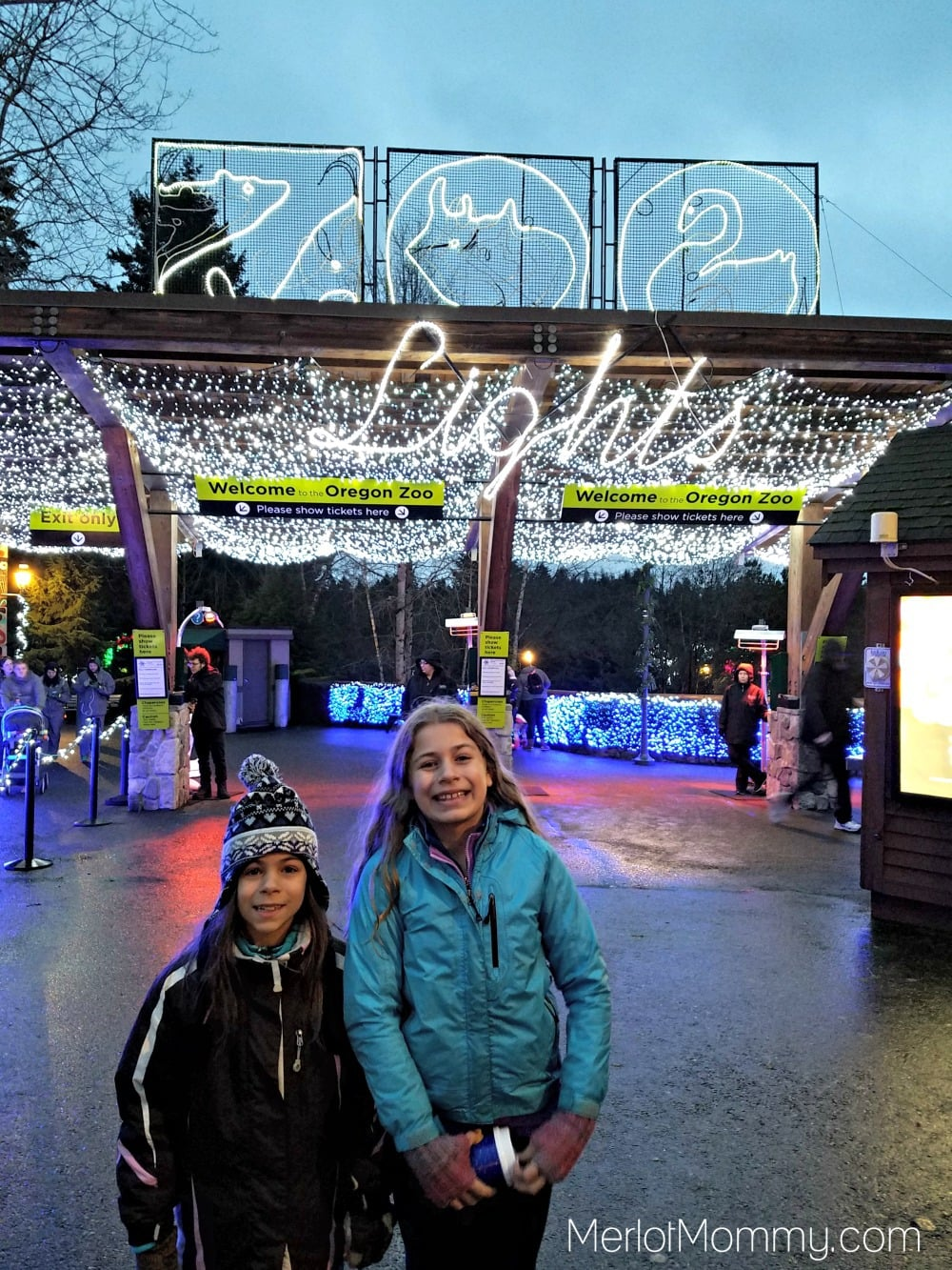 2016 Zoolights at the Oregon Zoo entrance
