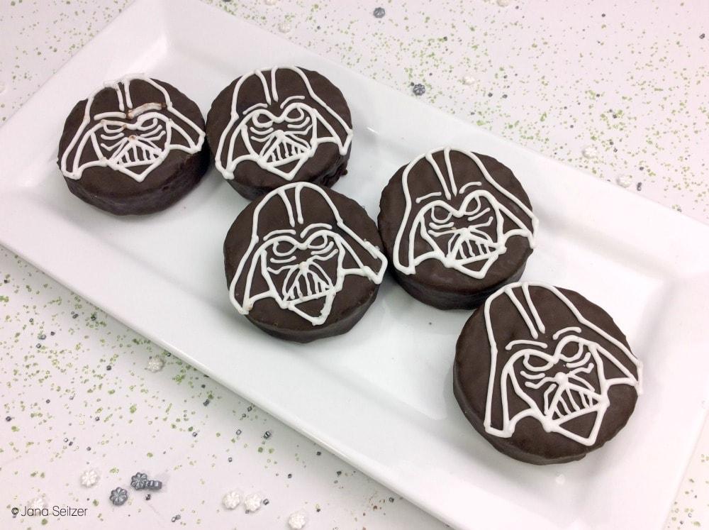 Darth Vader Ding Dong Treats