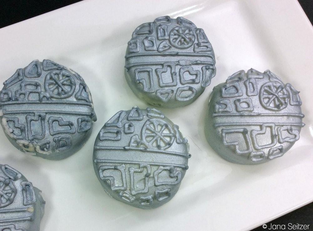 Star Wars Death Star Oreos